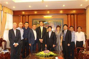 Thứ trưởng Bộ Nông nghiệp Lê Quốc Doanh tiếp Chủ tịch Việt Phúc Group và Tập đoàn Công nghệ, năng lượng tái tạo hàng đầu Hà Lan.