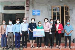 Món quà ý nghĩa nhân ngày 20/10 dành tặng phụ nữ khó khăn tại huyện Ba Vì